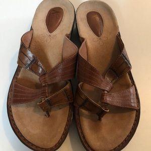 Clark's Artisian Women's Sandals Size 8